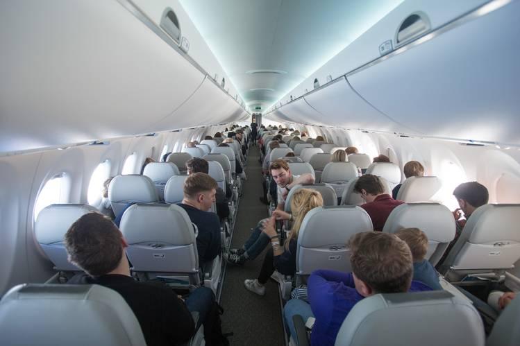 乘客不需要舒适的飞机——至少航空公司这么认为(组图)