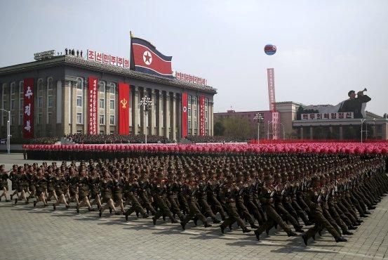 卫星图片显示朝鲜或在平昌冬奥会前一天阅兵(图)