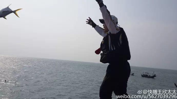 """""""中国最有种男人""""出狱 而举报他的贾跃亭身败名裂(组图)"""