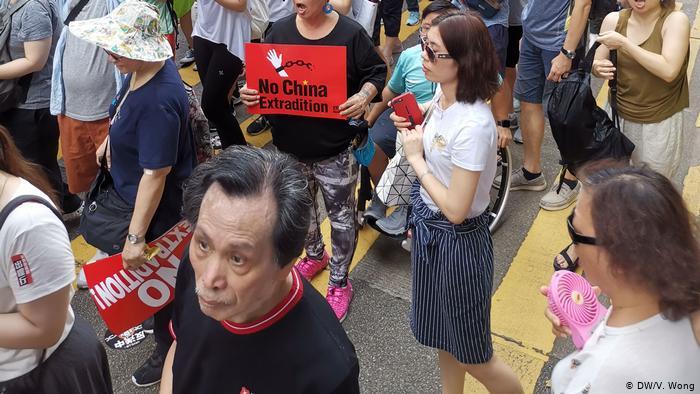 Hongkong Demonstration des Gesetzes gegen die Auslieferung - Andy Chan (DW/V. Wong)