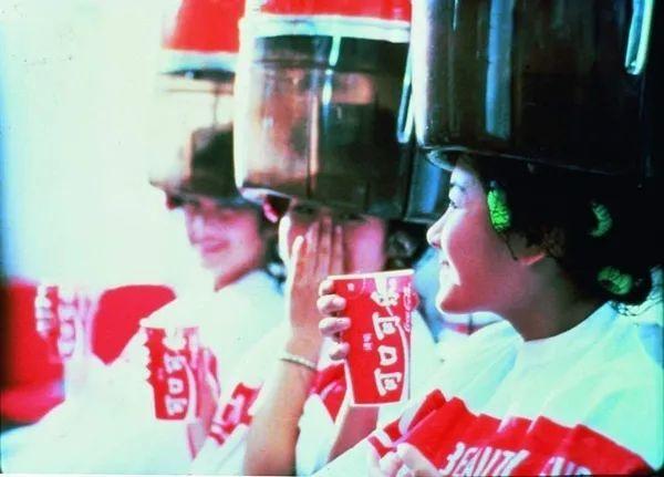 外資入華四十年:可口可樂曾用一年利潤換央視廣告(圖)