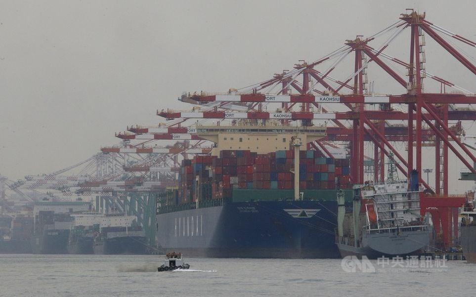 聯合國研究報告顯示,台灣2019年上半年對美出口較2018年同期增加42億美元,增加的部分大多是辦公室和通訊設備。(示意圖/中央社檔案照片)
