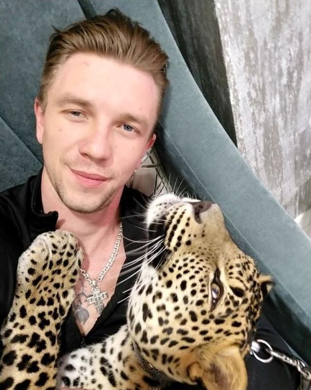 猎豹不舍得饲养员,思念到吃不下饭,动物园:你带回家养吧