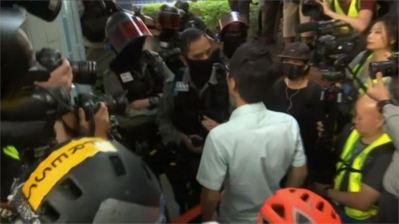 泛民選舉大勝後新科議員急赴理大救人 要警方撤離(圖)