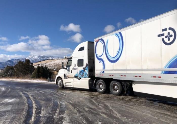 自动驾驶货车完成横穿美国 载4万磅黄油行4500公里