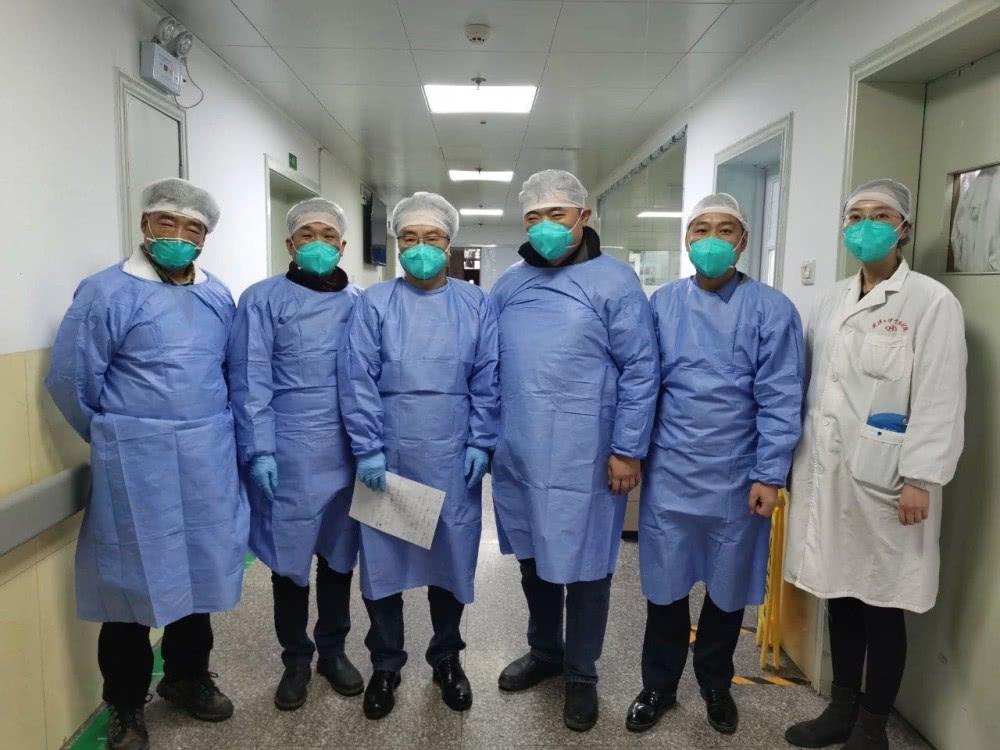 马屁来了?美华裔病毒学家:接下来疫情很可能变化