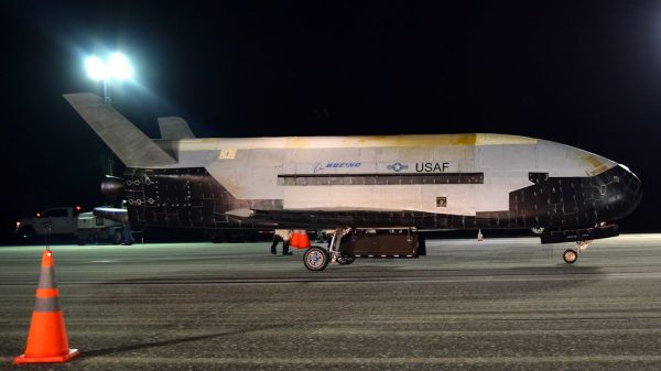 美军神秘空天飞机再进太空 已成一个巨大谜团