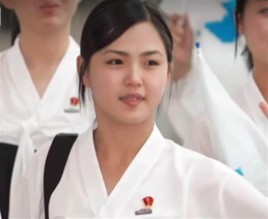 金与正暴怒暗示与南韩开战 竟是为了李雪主AV女优烂账