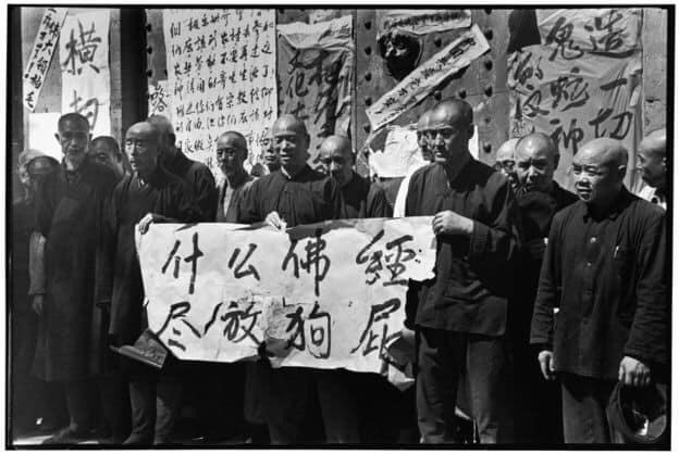 李振盛拍摄寺庙和佛教文化被摧毁。(取自网路)