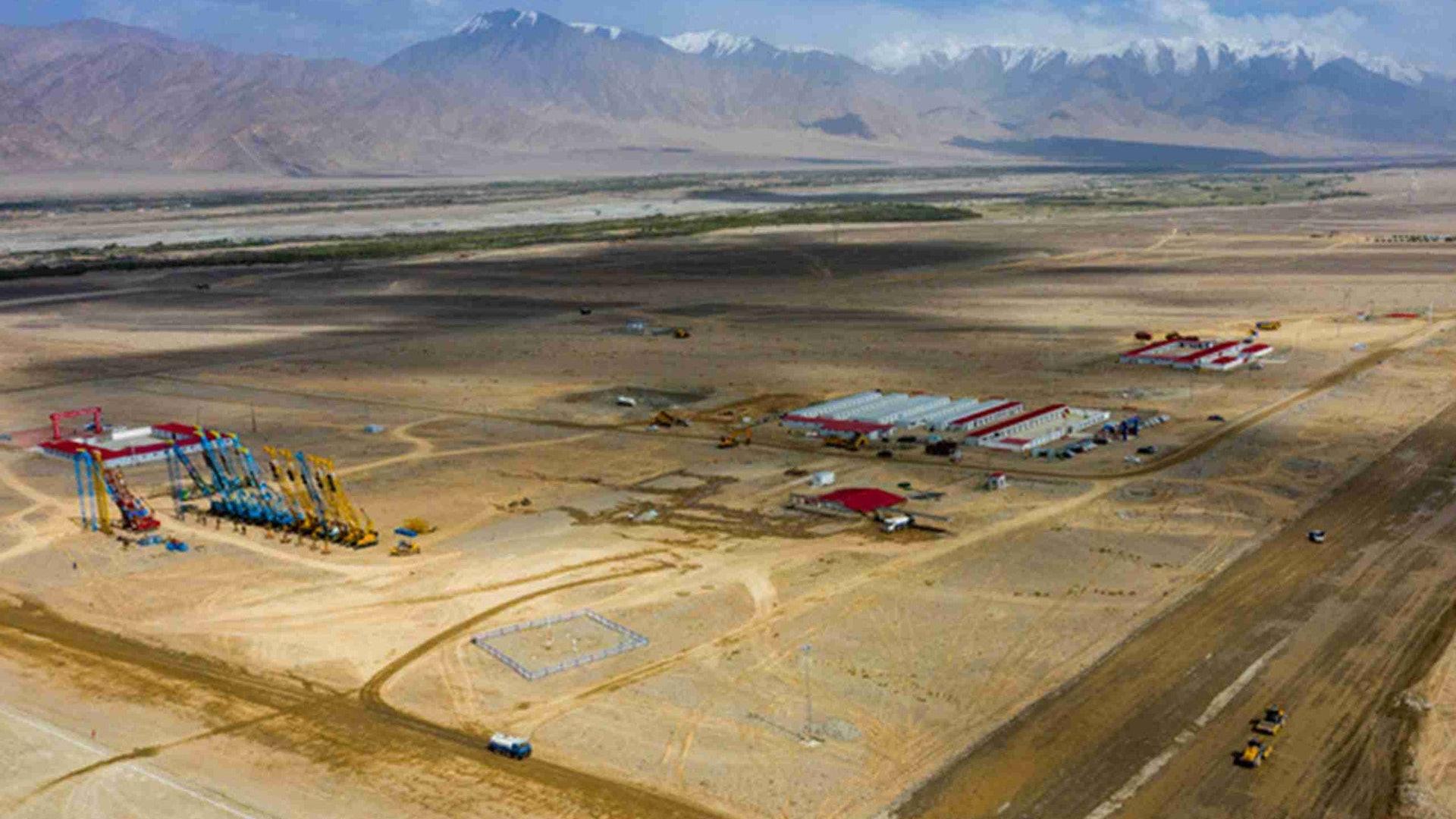 邊境大動作 中國緊急擴建兩軍用機場