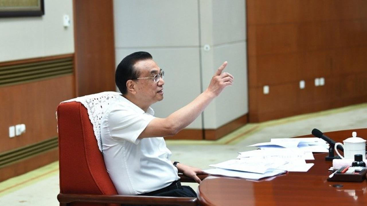 中国面临巨大经贸困境? 李克强:外贸严峻