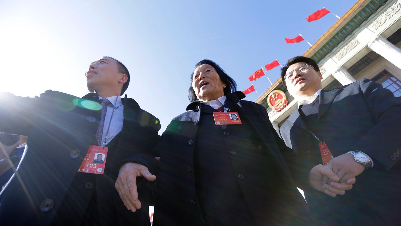"""""""優秀黨員""""申紀蘭去世 中國官媒高調報道"""