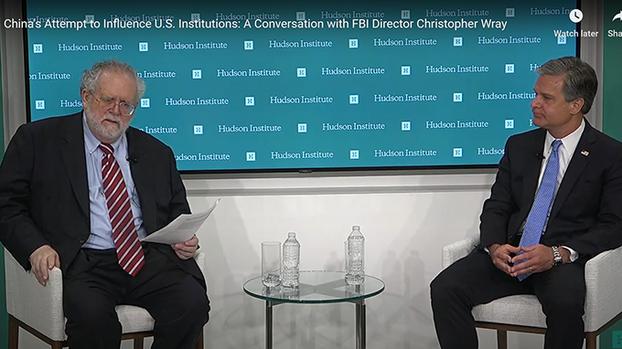 涉华谍案增1300% FBI局长:中国政府就是幕后黑手