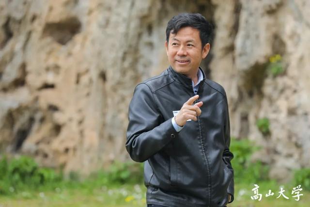 清华教授:这些人,误了中国的大事