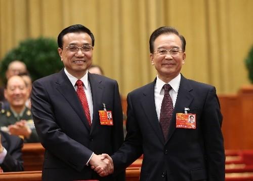 """温家宝到李克强 """"两个中国""""缘何越来越撕裂"""
