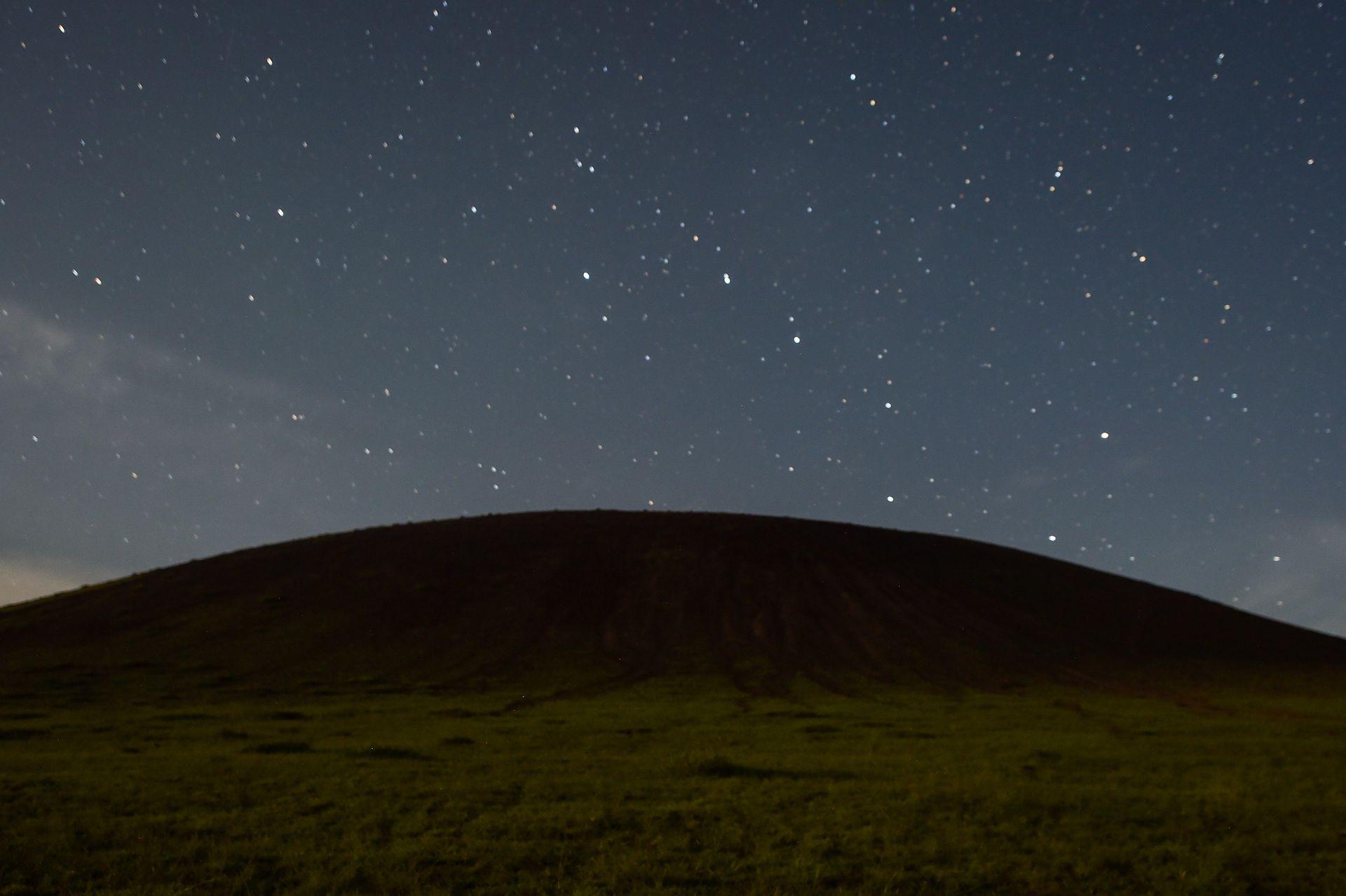 """图集:离北京最近的火山群 已成地球""""伤疤"""""""