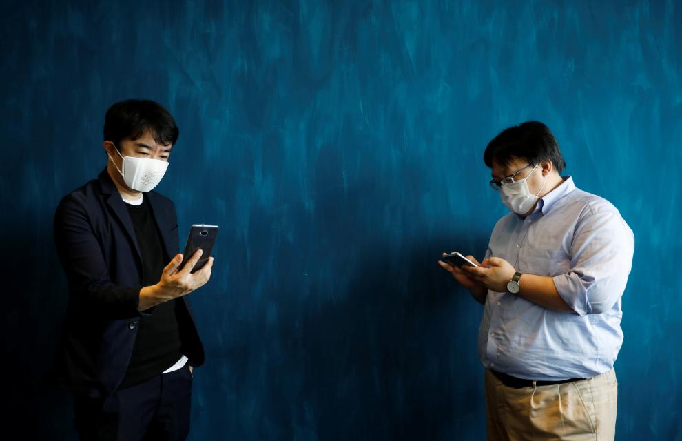 """当口罩""""器官化""""…日本推出的这款可翻译8种语言"""