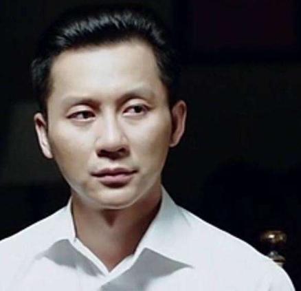 惊悚:范冰冰外星造型惹争议,撞款前男友李晨
