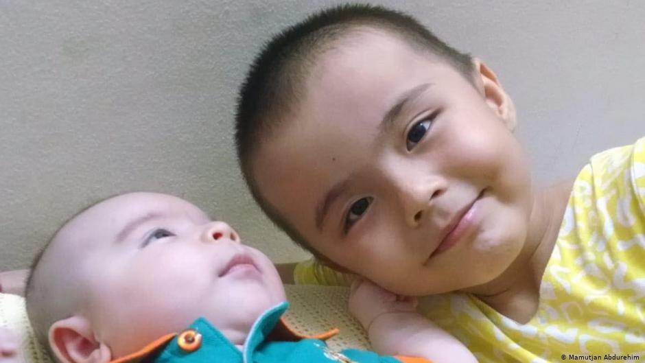 维吾尔人暗语泣诉:新疆政策毁家灭族