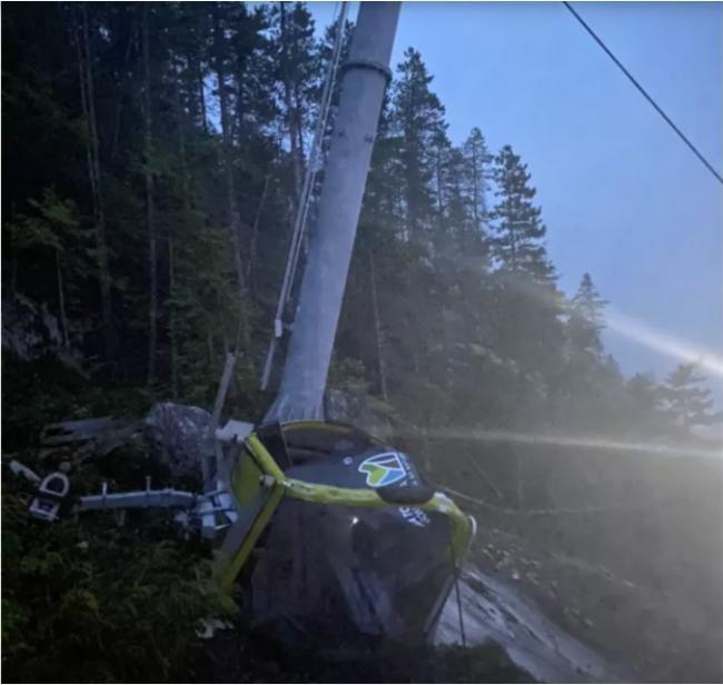 海天缆车线又被人为割断!数十辆车厢高空坠毁
