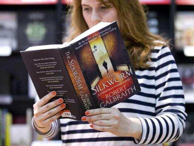 《哈利波特》光环不再?JK罗琳出书被骂上热搜