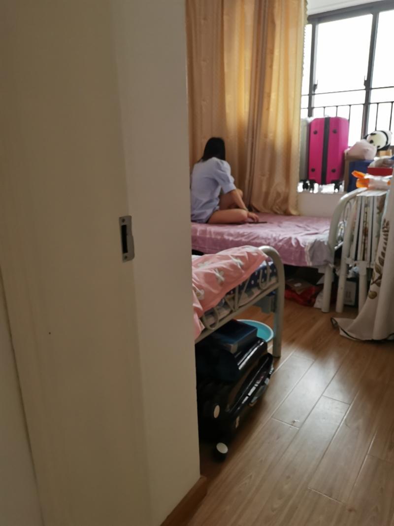 上海代孕乱象调查:中介称90万包生男孩