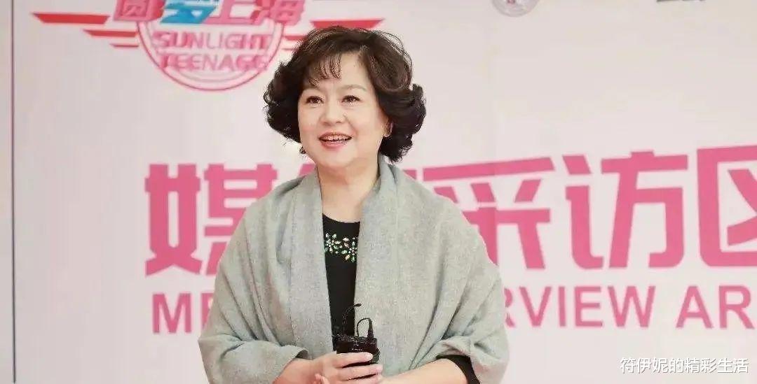 央视主持鞠萍晚年现状:满脸苍老和疲惫的神态