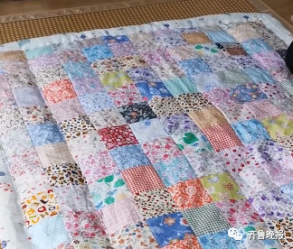 这床被子火了!网友: 我小时候也有这样一床