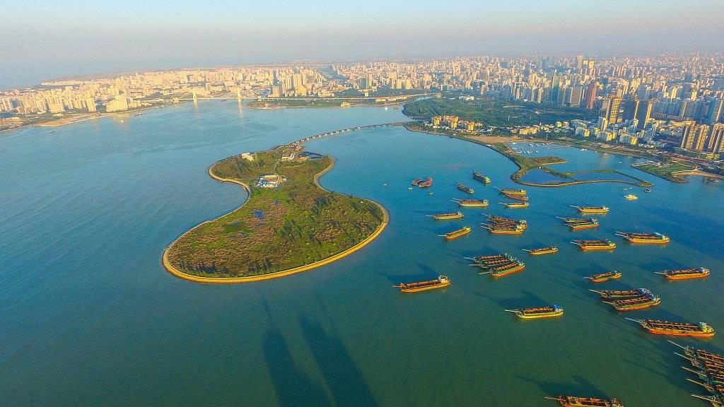"""海口葫芦岛全面拆除 百亿酒店搁浅,曾喊话""""秒杀迪拜"""""""