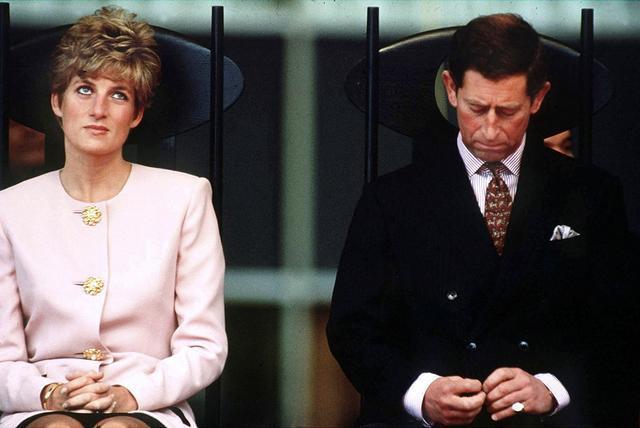 迈克尔杰克逊和戴安娜王妃首次会面,两个人都很害羞