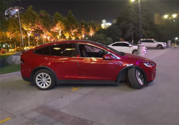 特斯拉:在中国召回Model S/X无质量缺陷 司机问题