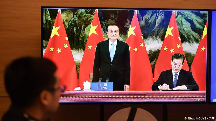 """中国这个""""朋友圈""""世界最大?特朗普当年退的群更大"""