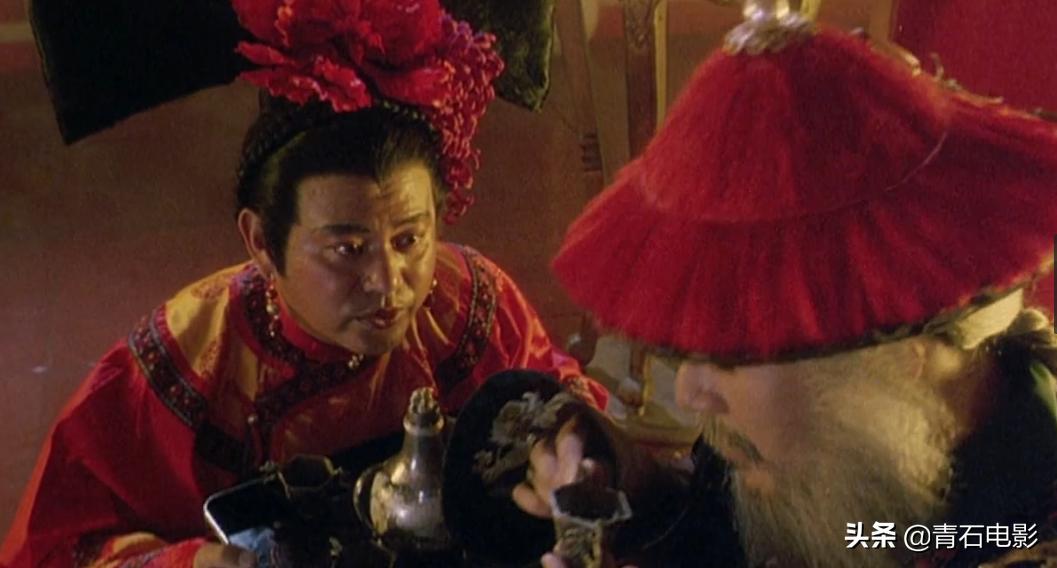 为了拍摄《鹿鼎记》,王晶派人保护周星驰以防被暗杀