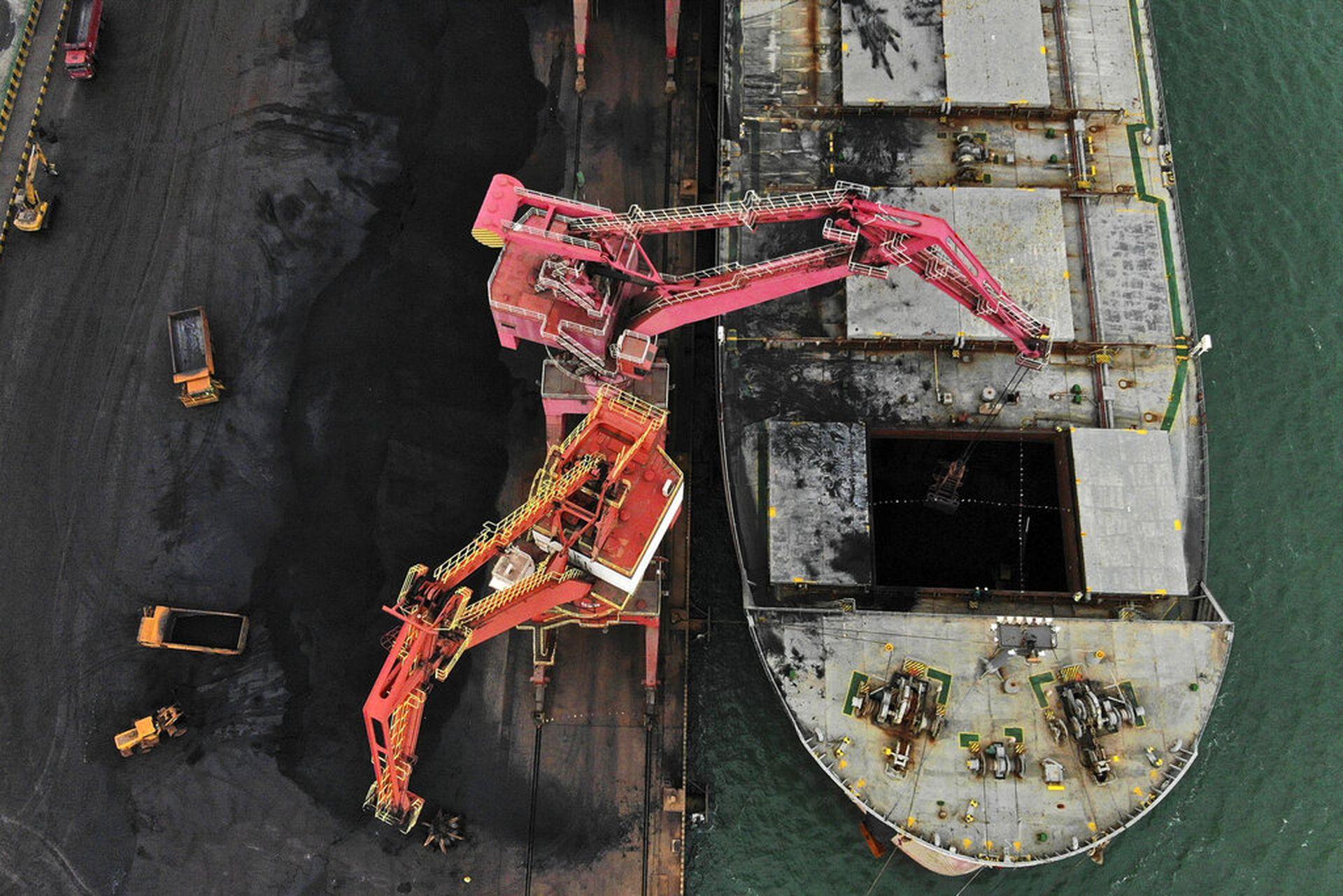 """中国称各地限电原因已找到:""""抵制澳煤""""属于""""脑洞大开"""""""