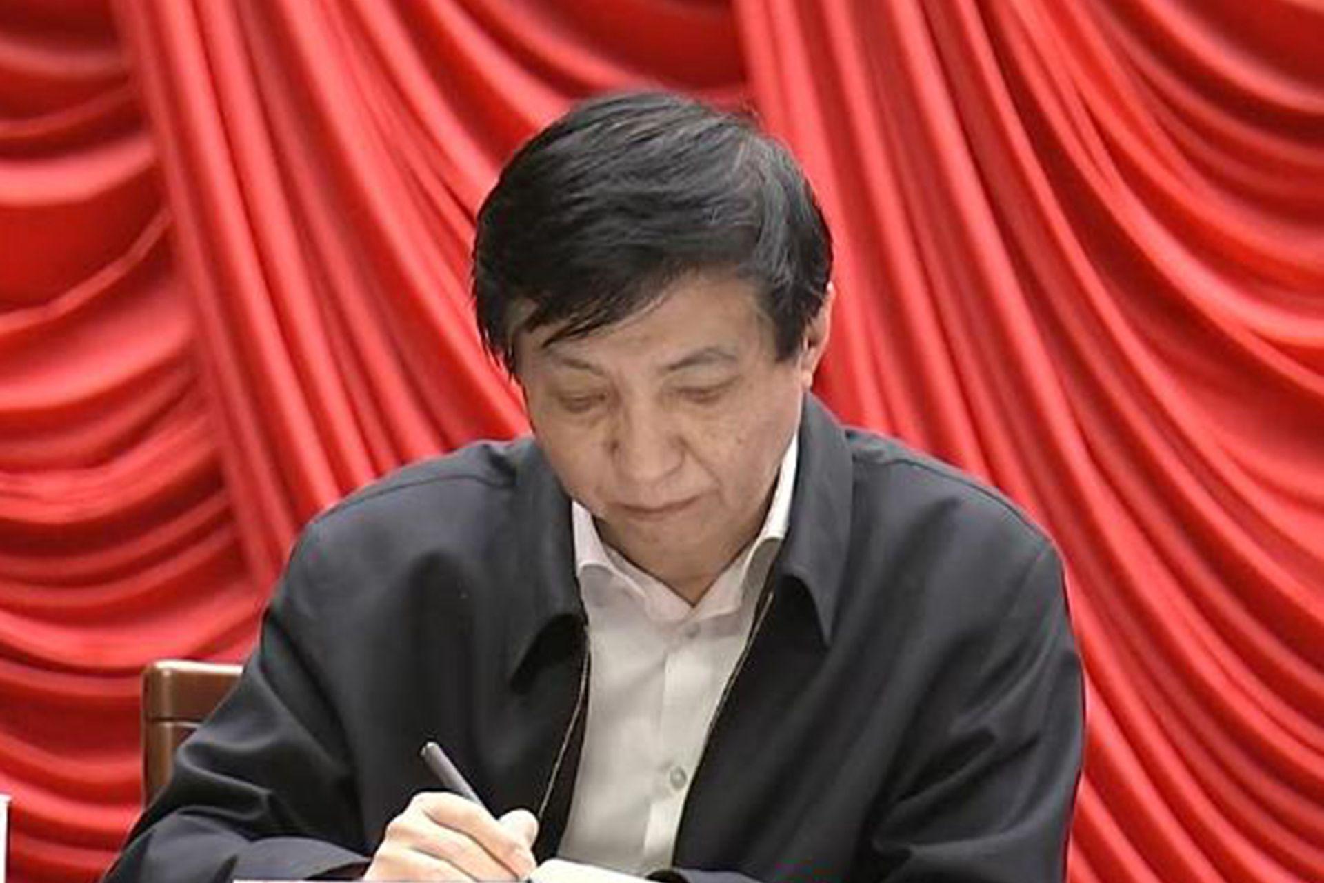 王沪宁一本旧作因美国会暴乱爆红 市价翻三千倍