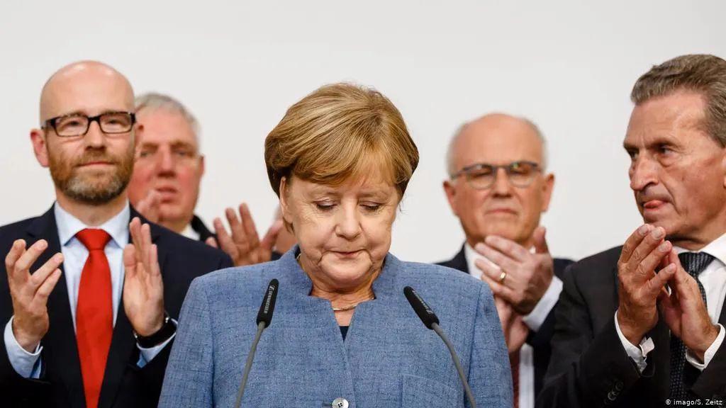 """""""女皇""""默克尔15年执政将结束 继任者是""""德国特朗普""""?"""