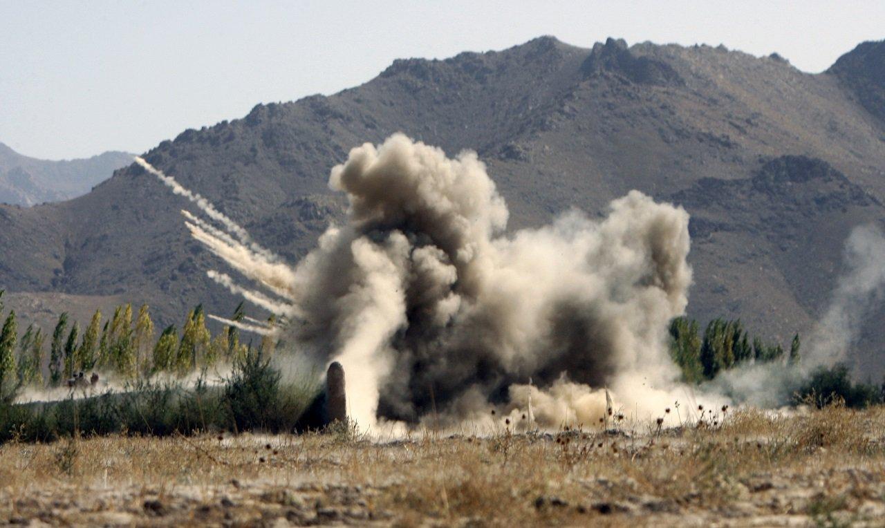 """天罰?阿富汗神學士""""炸彈講習班""""出意外 30名成員當場炸死"""