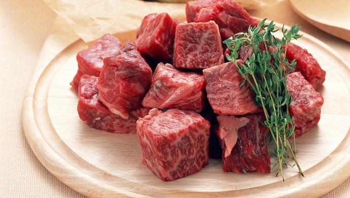 牛年剛開始,比爾蓋茨為何呼籲禁食牛肉?
