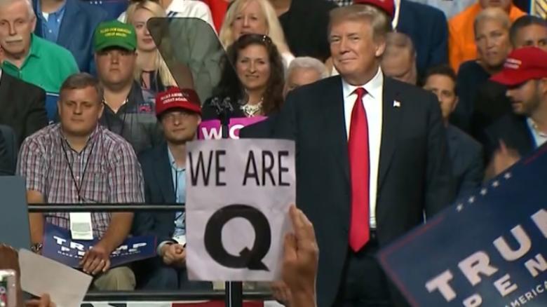 匿名者Q信徒相信特朗普将于3月4日复位就职