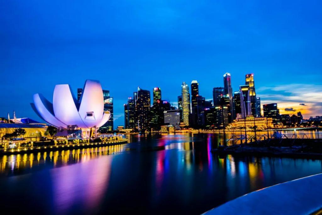 """新加坡华人""""回国潮"""":背后是120万外籍劳工的血泪史"""