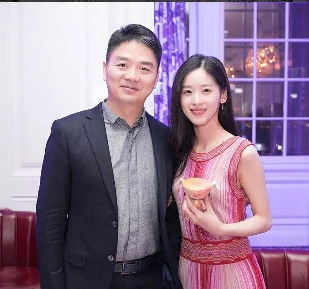 劉強東出軌兩年後,章澤天要創辦夫妻公司了!