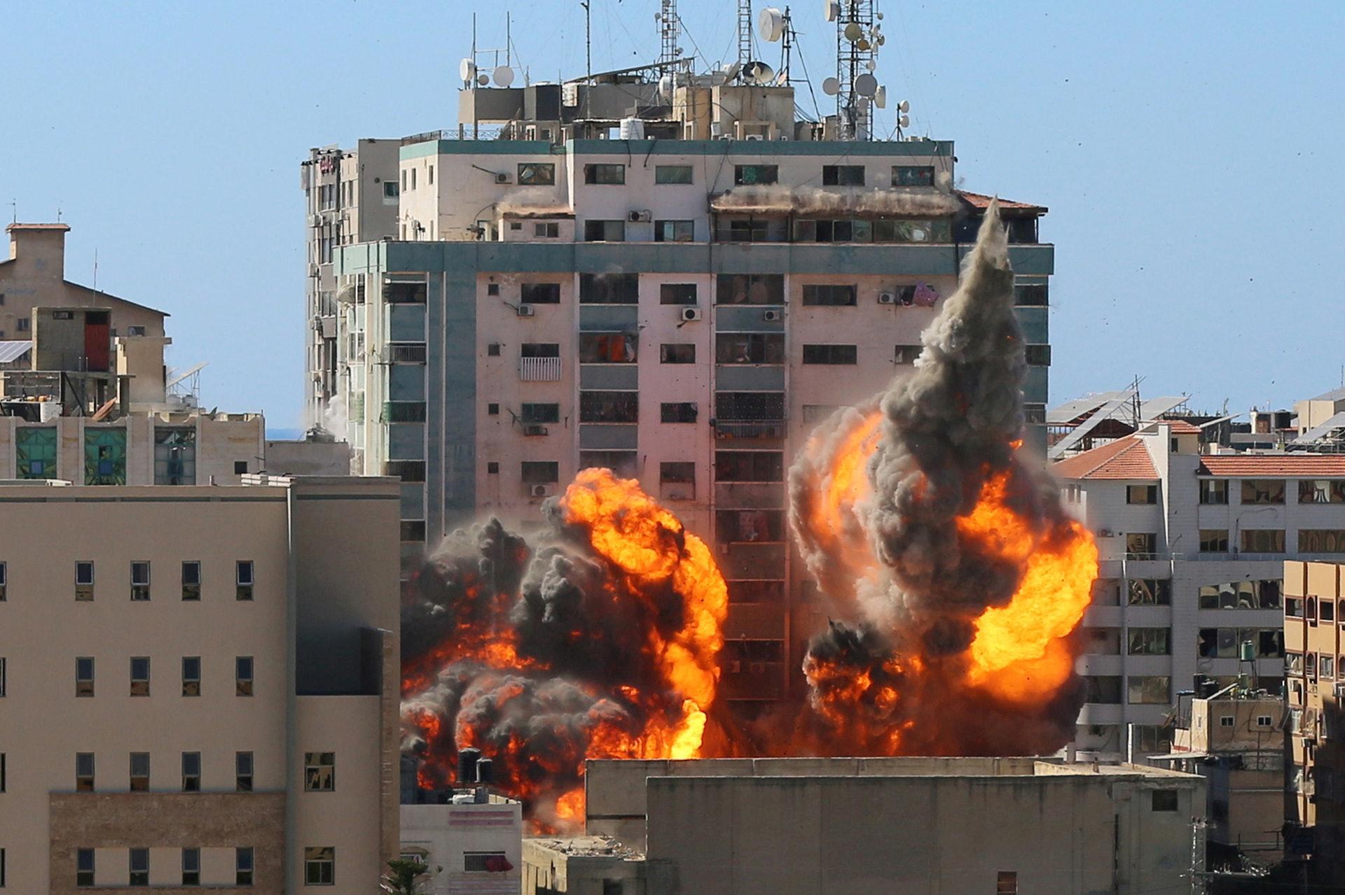 以色列空袭哈马斯领袖住宅 两人生死未卜