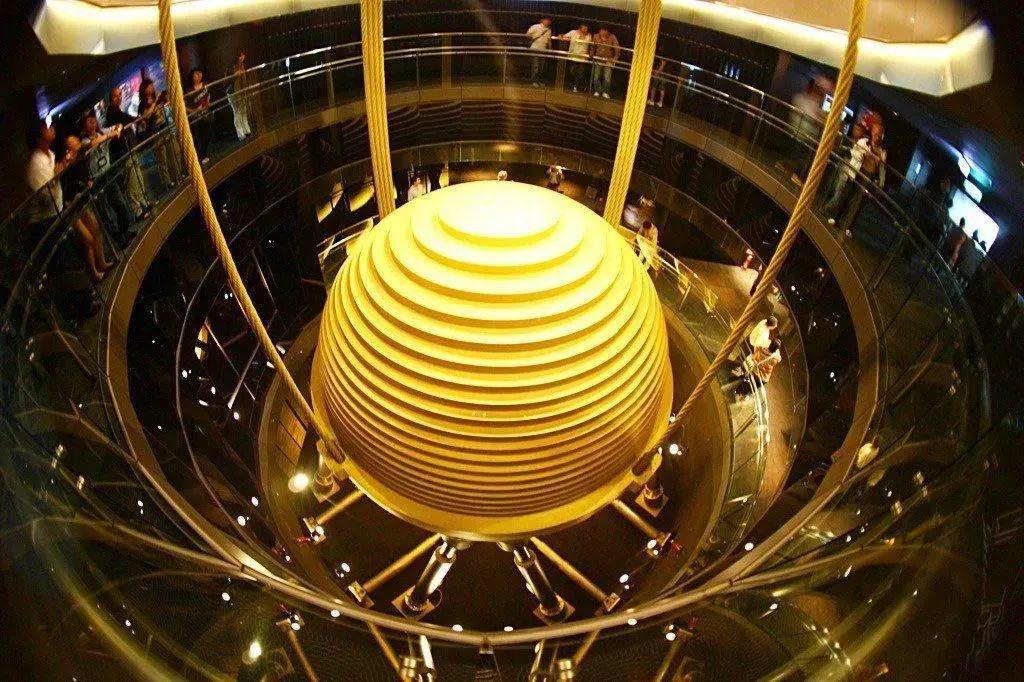 深圳赛格大厦晃动事件中的科学和不科学
