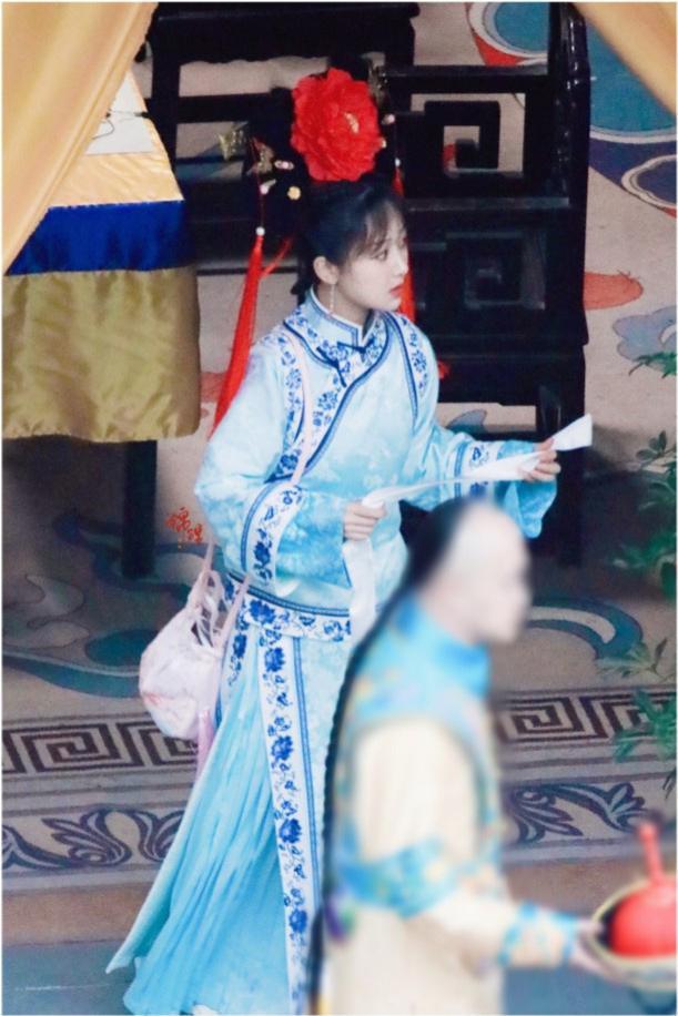 """杨紫紫薇造型曝光 与""""容嬷嬷""""杨迪同框"""