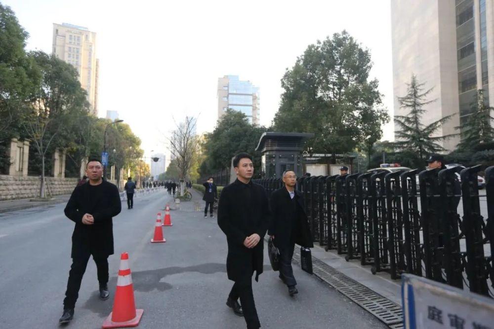 林生斌网店:累计卖出3.2亿,百万粉丝正在退去
