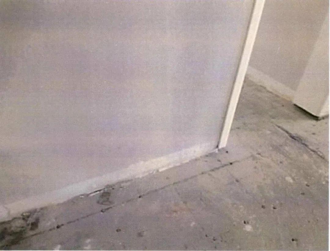 男子下班回家惊呆了!满屋狼藉 只因楼下做了这事…