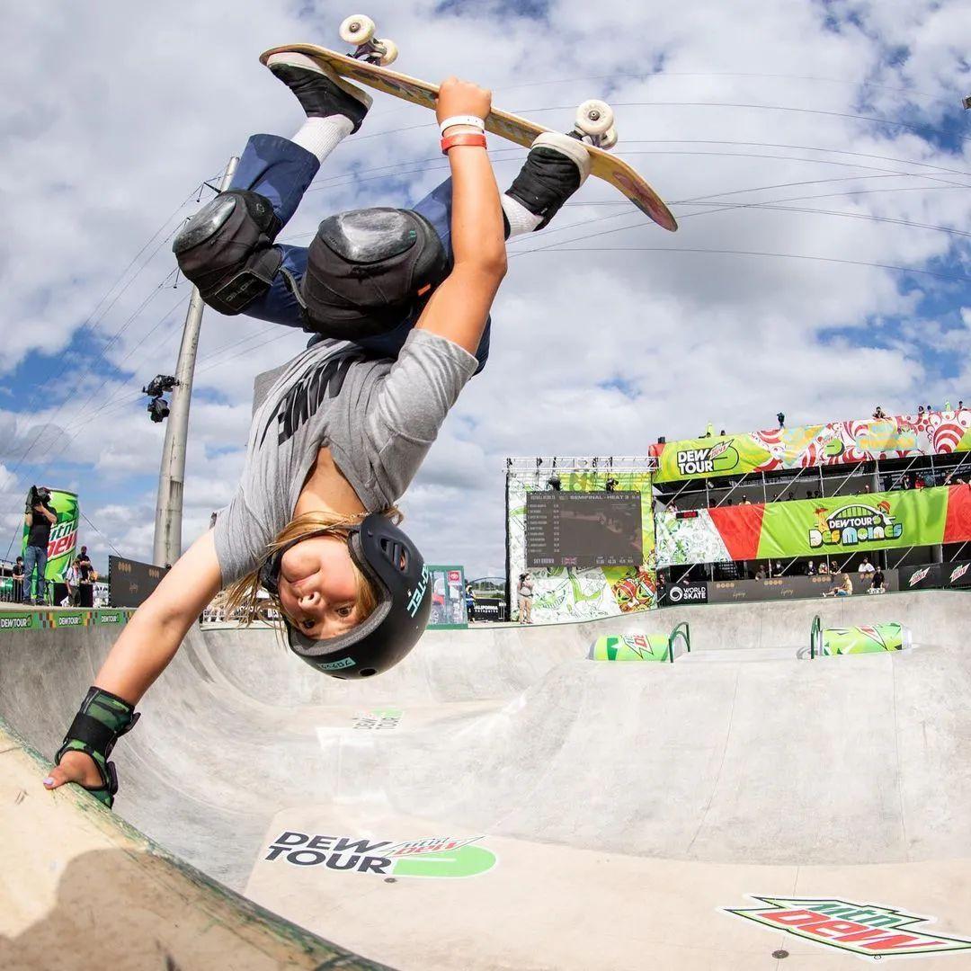 东奥将开幕,这个13岁的运动员吸引了全世界的目光