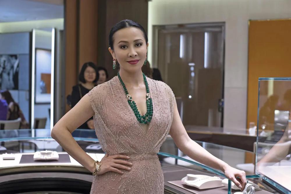 她资源好过刘嘉玲,怎么最后得罪了半个娱乐圈?