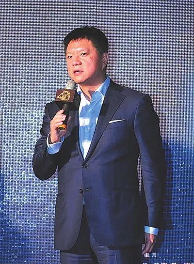 吴亦凡老板房产被拍卖:从百亿富豪到失信被执行人
