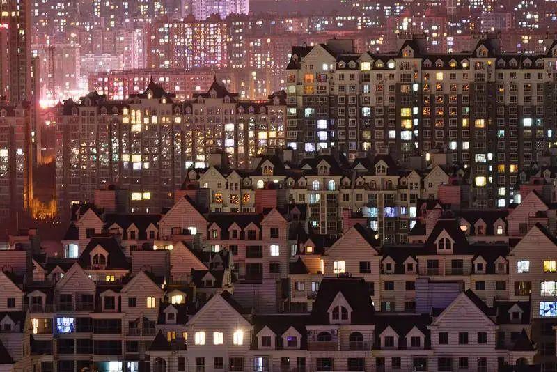 追逐北京户口的人:有人成功跻身5% 有人要等10年
